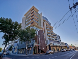 <h5>250 Barkly St, Footscray</h5><p>Allegro Apartments																																	</p>